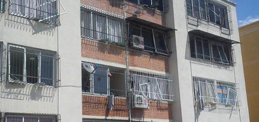 Edificios resultaron afectados por explosión en Cavim | Foto vía Twitter