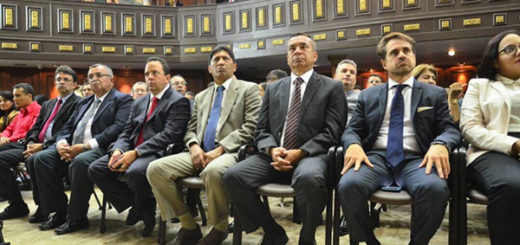 Gobernadores oficialistas se juramentaron ante la ANC | Foto: @ANC_ve