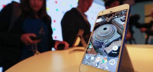 Google presenta sus teléfonos móviles Google Pixel 2 y Google Pixel 2 XL | Foto: EFE