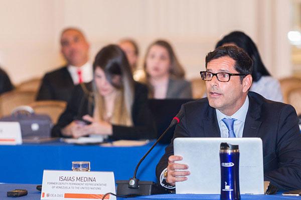 Isaías Medina denunció ante la OEA que Maduro ha criminalizado la salud   Foto: @OEA_oficial