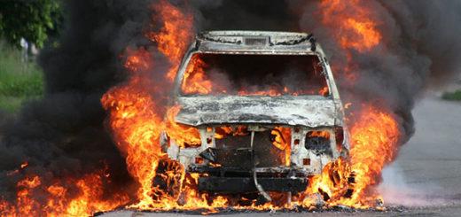 Presos de Tocorón hirieron a tres Cicpc y quemaron un vehículo | Foto: Eleazar Urbáez (vía Twitter @FEDGLOCK)