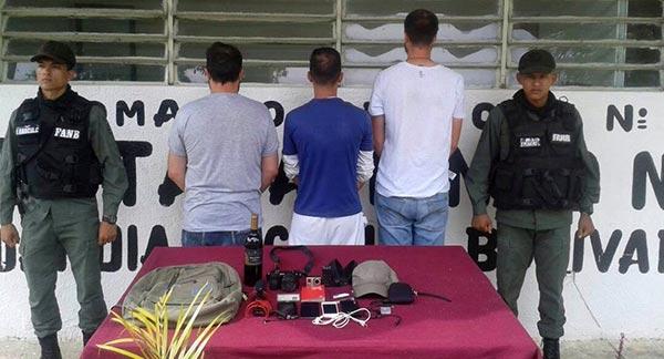 Periodistas detenidos en Aragua   Foto: Twitter