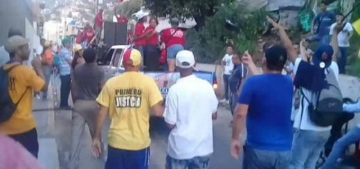 Así sacaron a chavistas que intentaban impedir caminata de Olivares en Vargas | Foto: Captura de video