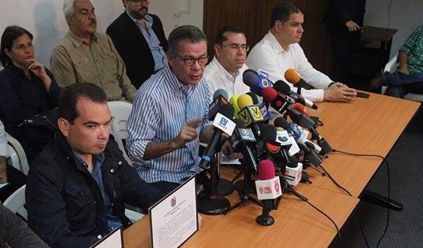 MUD exige al CNE sustituir candidatos en los tarjetones electorales | Foto: La Patilla