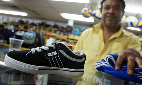Costo de los zapatos superan el millón de bolívares | Foto: Referencial