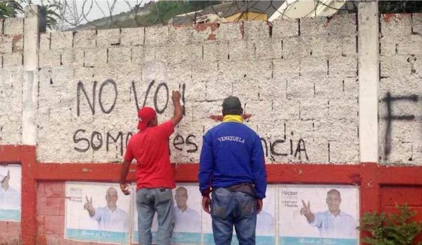 Chavistas rayan las paredes instando a No Votar