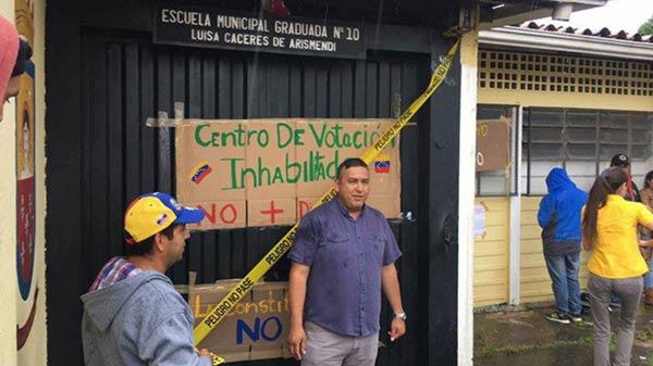"Treintena de docentes inhabilitados por ""guarimbear""   Foto: El Estímulo"