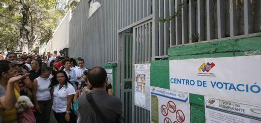 Impidieron ingreso de testigos de la MUD en centro electoral de Bolívar