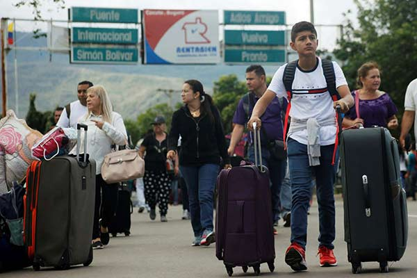 Viajar por tierra, la alternativa que gana popularidad entre los emigrantes venezolanos | Foto: Reuters