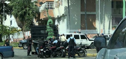 PoliCarabobo impide la instalación de la Estatua de la Libertad