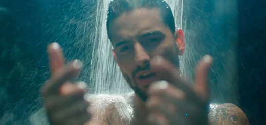 "Cantante Maluma en el video musical de ""Felices los 4"" 