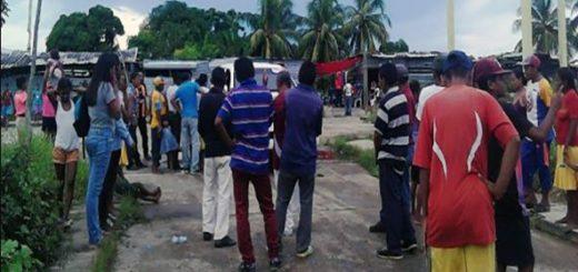 Grupo de waraos retuvo a funcionario de PDVAL | Foto: El Cooperante