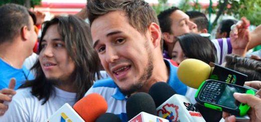Periodista de VTV | Foto: La Iguana