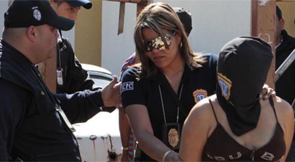 Aumenta índice de mujeres venezolanas que se involucran en bandas criminales | Referencial