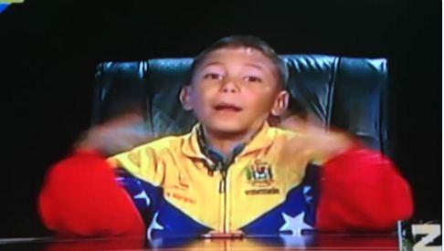 Niño habla de política en Zurda Konducta |Captura de video