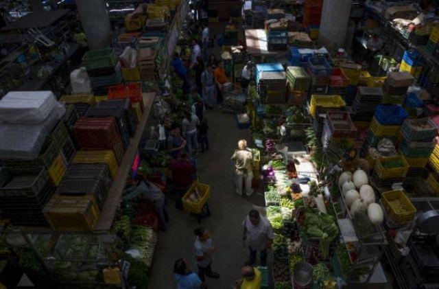 Mercado popular  en Maracaibo  Foto: EFE