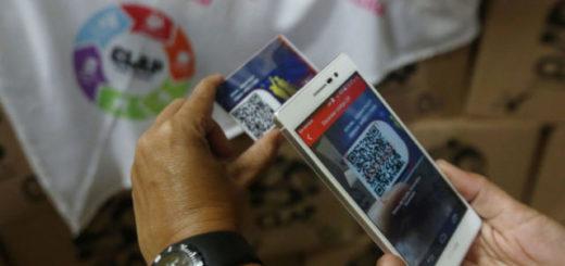 Pago electrónico con el carnet de la patria | Foto: LaIguana.tv