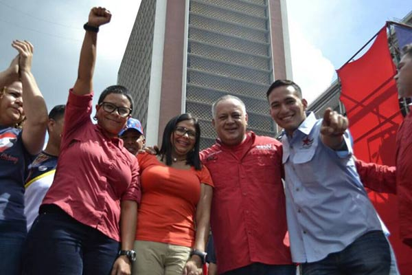 Érika Farías, Delcy Rodríguez, Diosdado Cabello  Foto cortesía