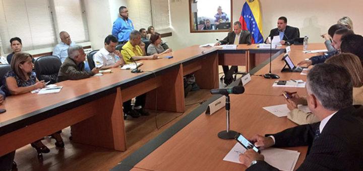Comisión de la AN debate propuestas para diálogo entre Gobierno y oposición   Foto: Stalin González (vía Twitter)