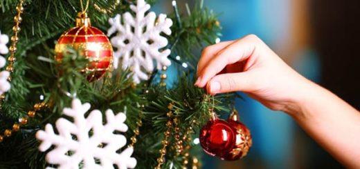 Altos costos de adornos navideños ensombrecen la época decembrina | Foto: Referencial