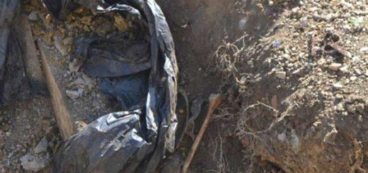 Bolsa con huesos humanos | Foto: El Cooperante
