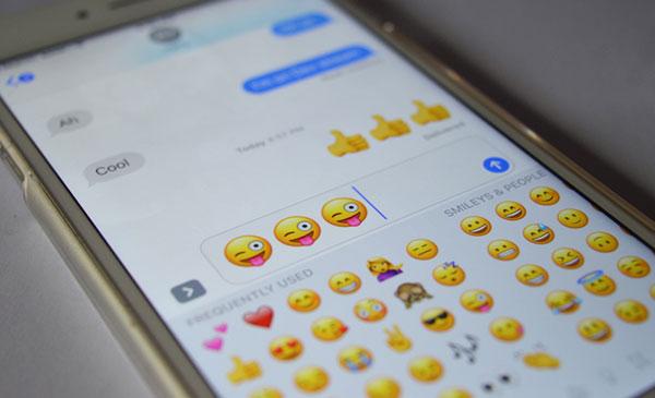 Apple revela los emojis más usados en el mundo | Foto referencial