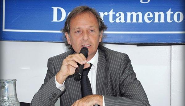 """Abogado argentino Jorge Delhon, supuestamente implicado en """"FIFAgate"""""""