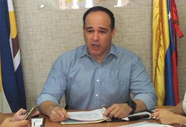 Frank Díaz, alcalde encargado de Lecherías   Foto: Cortesía
