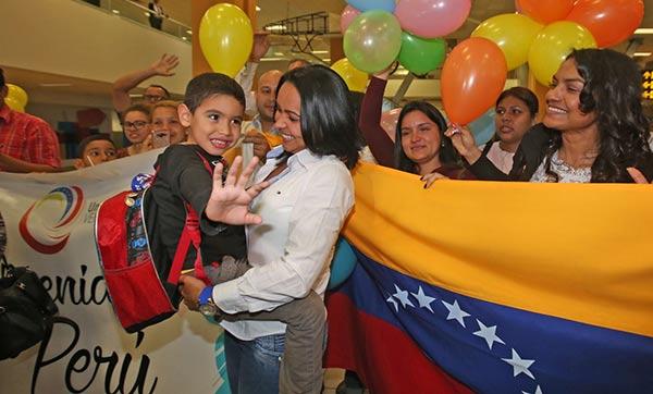 Niños venezolanos llegan a Perú a reunirse con sus padres | Foto: Jhony Laurente
