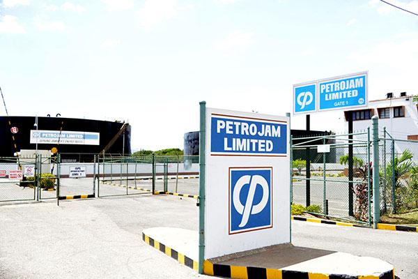 Jamaica evalúa la compra del 49% de Petrojam propiedad de Pdvsa | Foto: EFE