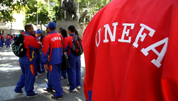 Estudiantes de la UNEFA | Fotot referencial