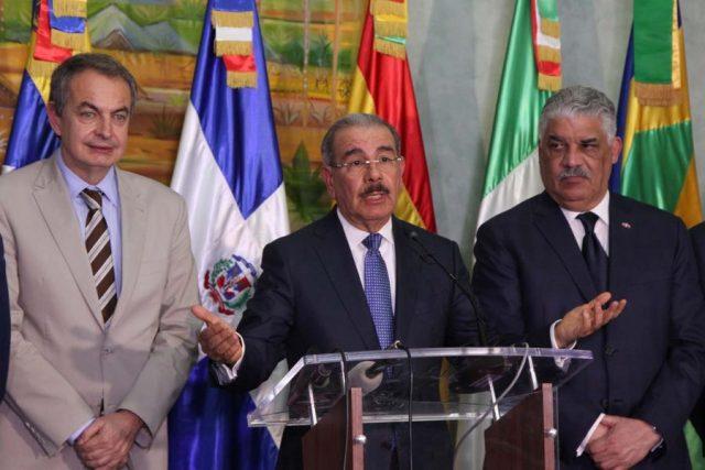 Mediadores alaban trabajo del presidente de República Dominicana |Foto: Reuters