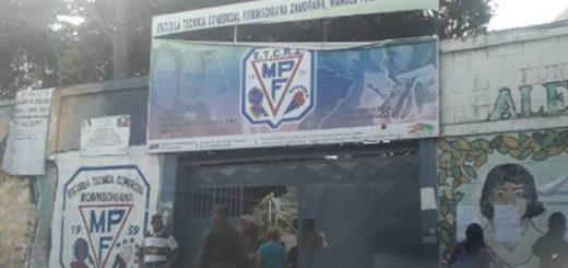 Escuela donde votaba Chávez |Foto: El Nacional