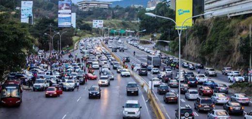 Cortejo fúnebre sembró el pánico frente a los policías en la Prados del Este