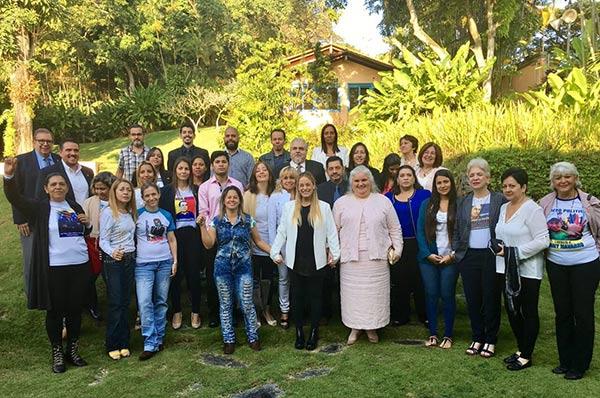Lilian Tintori junto a familiares de presos políticos |Foto: Twitter