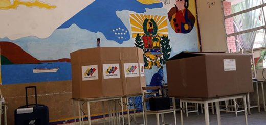 Instalación de mesas electorales |Foto: AVN