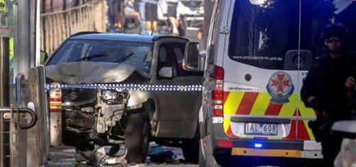 Conductor atropelló a al menos 15 personas en Melbourne, Australia