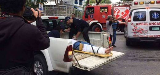 Mujer atropelló a dos personas en Baruta | Foto: Twitter