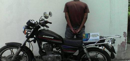 Detenido hombre que hurtaba más de Bs 1 millón en productos en supermercado de La Urbina | Foto: Iapem Prensa