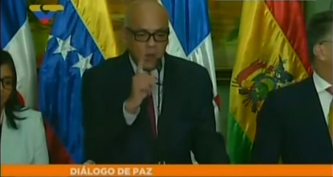 Jorge Rodríguez tras el diálogo |Foto: Captura de video