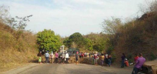 20 detenidos deja protesta por pernil en un poblado rural de Sucre | Foto: El Pitazo