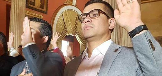 Constituyente Tomán Lucena   Foto: @mayralinares