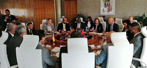 Reunión entre representantes del Gobierno venezolano y de Aruba  Foto cortesía