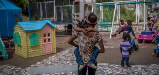 Madres venezolanas entregan a sus niños a orfanatos por no poder alimentarlos