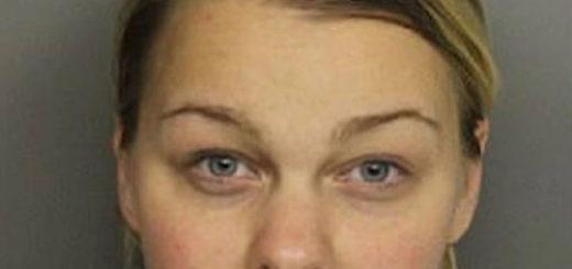 Una profesora fue hallada semidesnuda en un auto con uno de sus alumnos y fue detenida