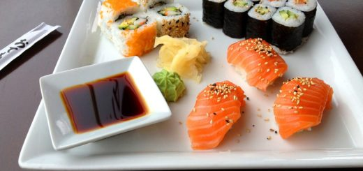 Sushi imagen referencial