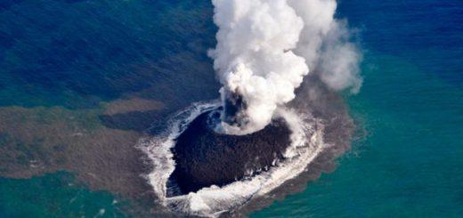 Volcan submarino/imagen referencial