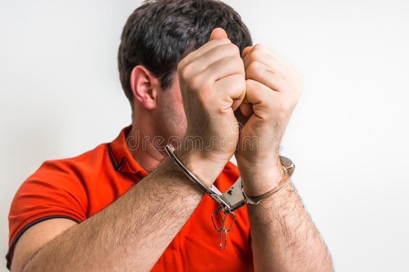 arresto/imagen referencial